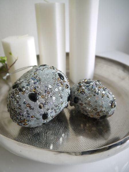 ägg pärlor grå