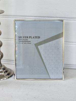 Fotoram smal kant i silver. Besök Blickfång.se