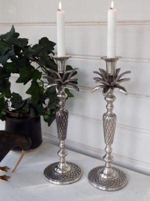 Ljusstake ananas palmblad. Besök blickfång.se