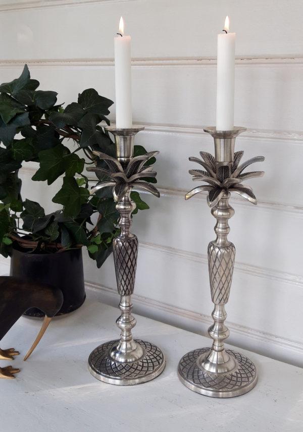 Ljusstake-ananas-palmblad
