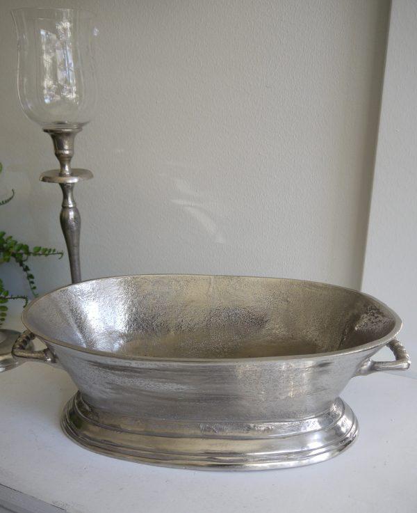Oval-skal-i-ruff-silver-metall-1