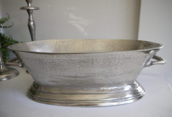 Oval-skal-i-ruff-silver-metall-2