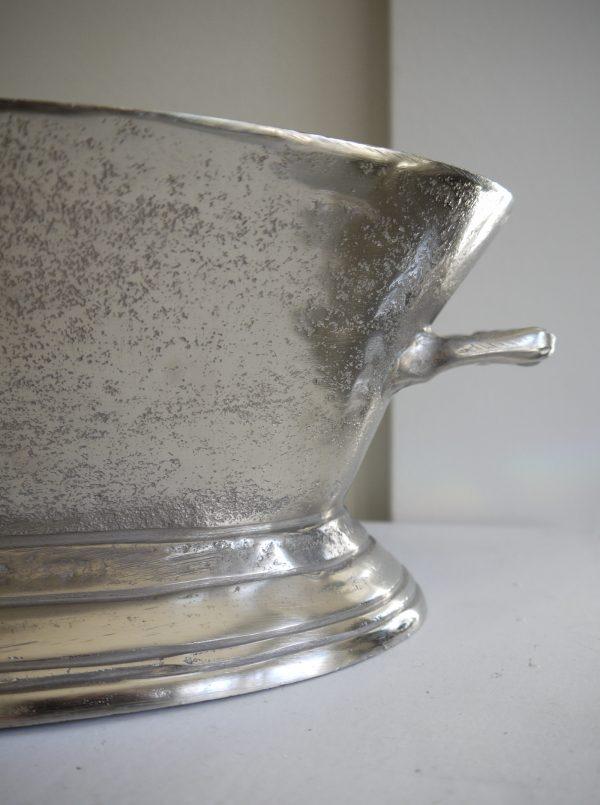 Oval-skal-i-ruff-silver-metall-3