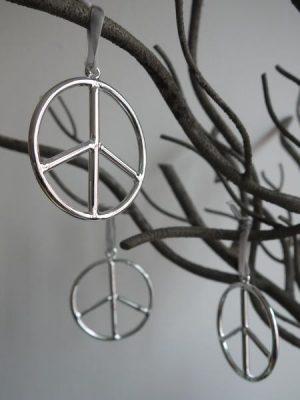 Peace emblem hänge 3 st. som dekoration