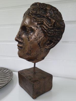 Vesuvius ansikte som prydnad. Besök Blickfång.se