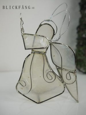 Ängel i snäckskal med silverdekor