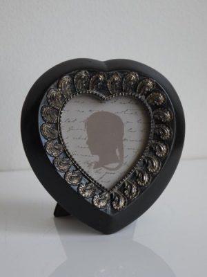 Hjärtformad fotoram svart silver