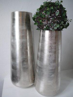 Golvvas borstad metall i stilren design