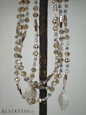 Pärlhalsband silverlöv