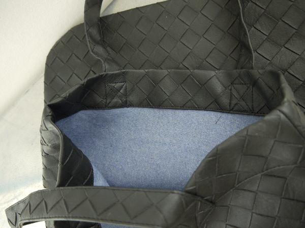 konstlader-svart-vaska