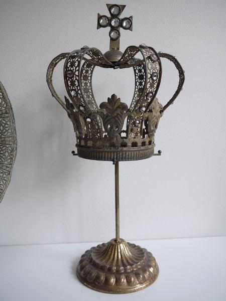 krona-till-ljus-metall