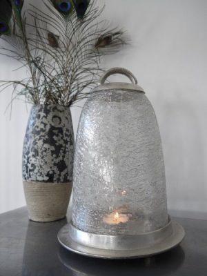 Glaskupa på fat till blockljus. Besök Blickfång.se