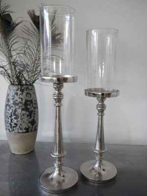 Ljusstake ruff glascylinder. Besök Blickfång.se