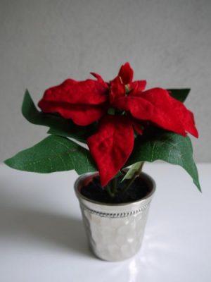 Konstgjord liten rod julstjarna