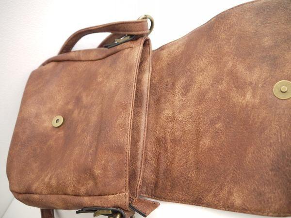 väska med klaff