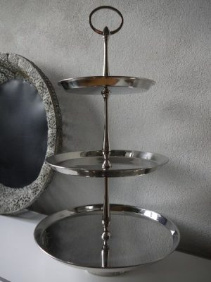 Våningsfat blank silver med 3 våningar