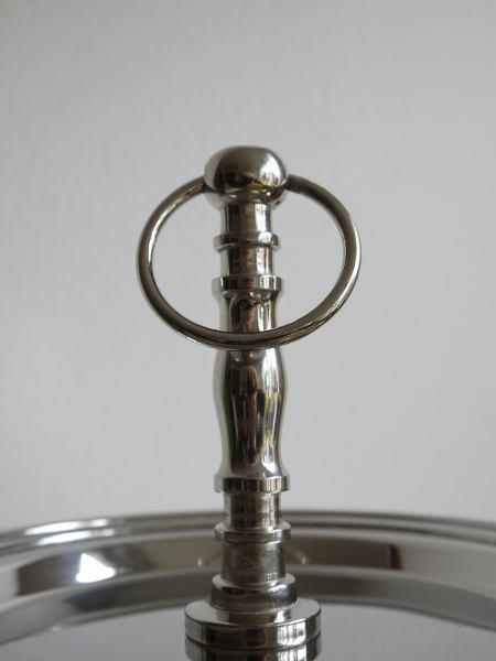 vaningsfat-silver-narbild-handtag
