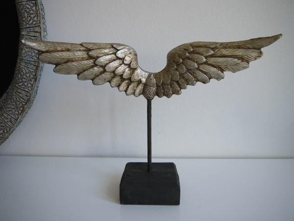 vingar silver prydnad