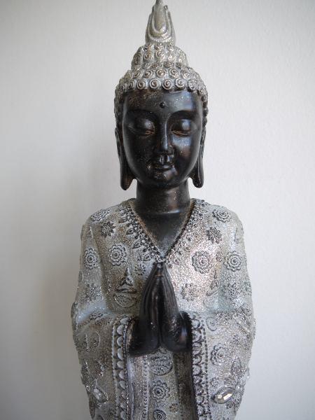 brun-buddha-staende