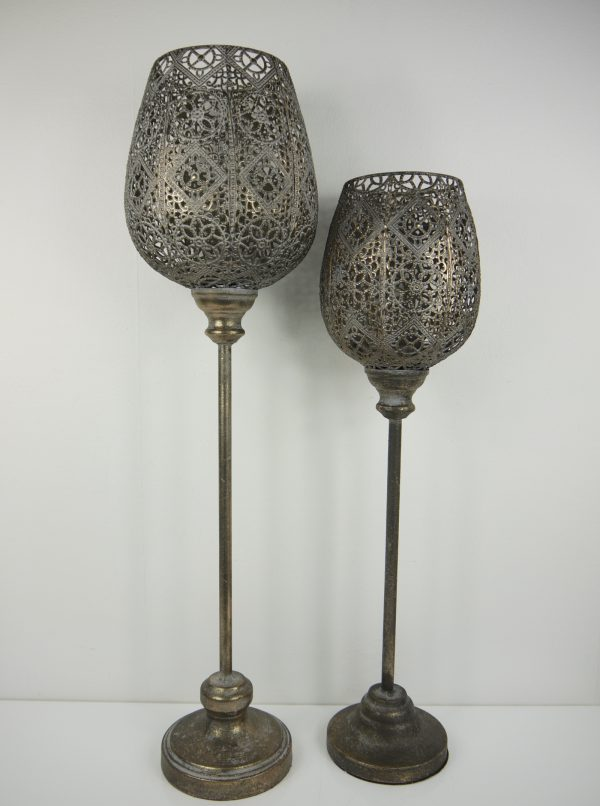 Brun-golvlykta-halmonster-metall