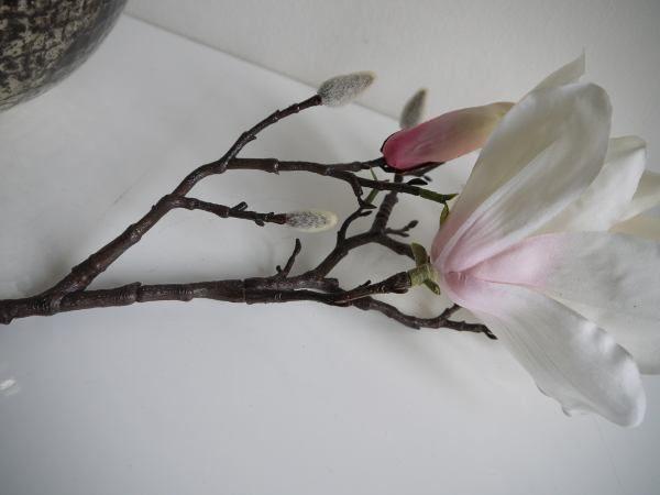 konstgjord-magnolia