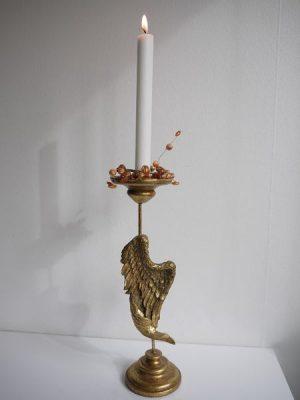 Ljusmanschett med guldfärgade pärlor