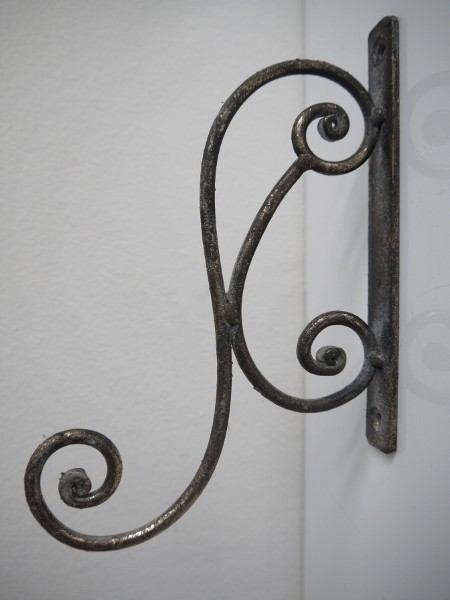 Vaggkrok-antik-guld-metall