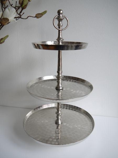 Vaningsfat-i-silver-med-3-at