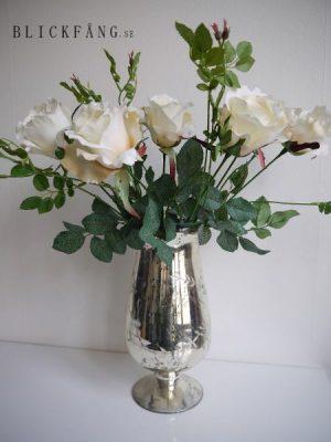Konstgjord ros på stjälk