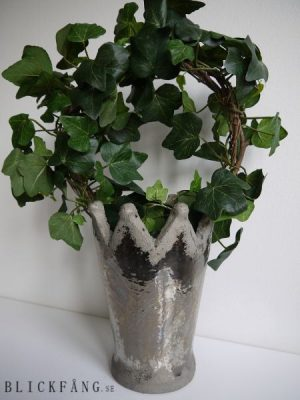 Hög kron-formad kruka i keramik