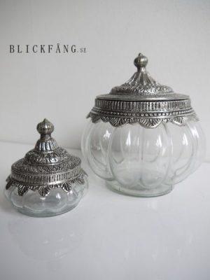 Glasskål med silverlock i lantstil. Besök Blickfång.se
