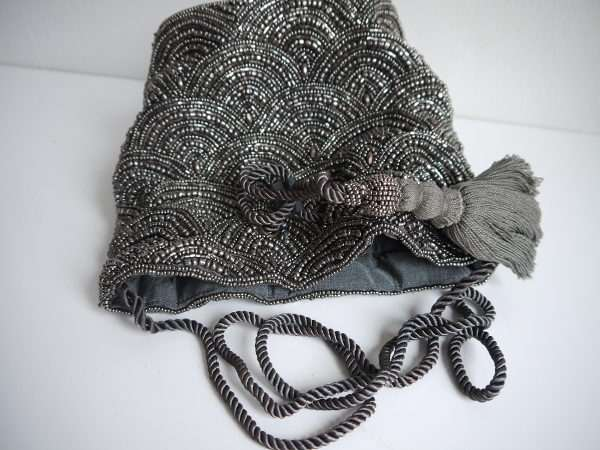 bag-parlor-silver