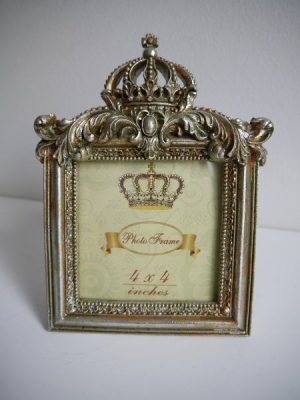 Fotoram guld med krona