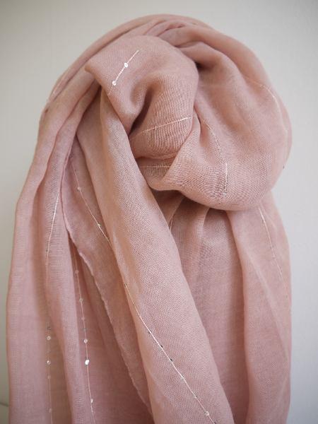 scarf-paljetter-rosa