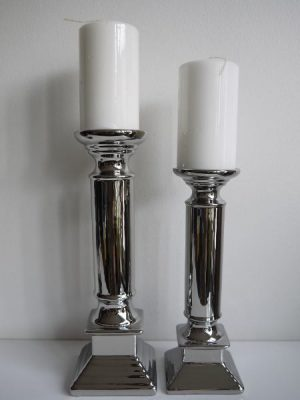 Blockljusstake silver i två storlekar
