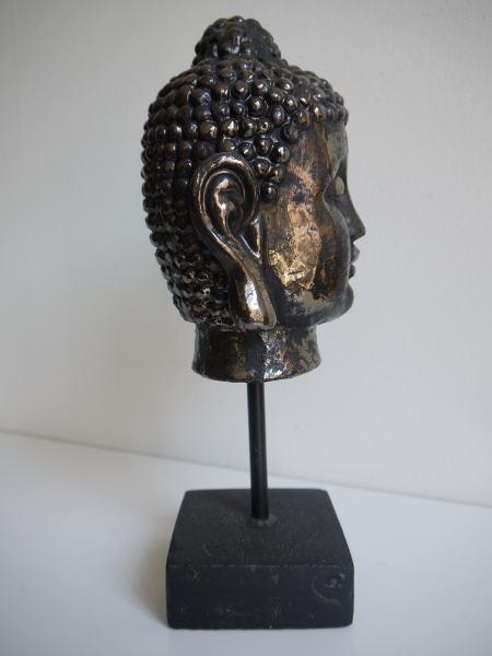 figur-buddha-pa-fot