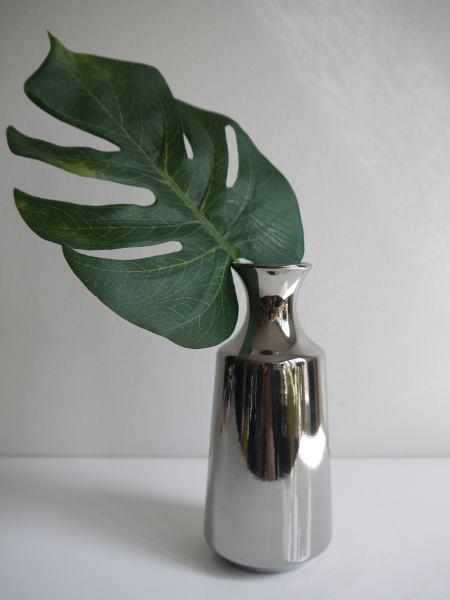 Liten-vas-i-silver-keramik