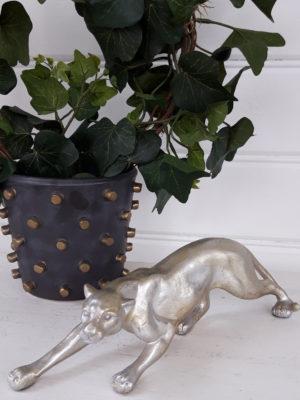 Leopard prydnadsfigur i silver och guld. Besök Blickfång.se