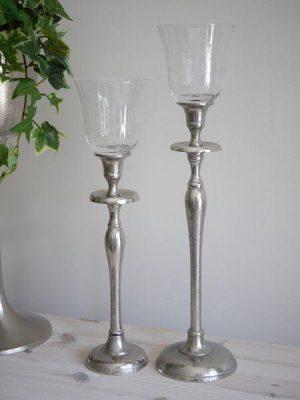glaskupa till värmeljus med inristad dekor