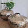Rund stor vas i silver metall. Besök Blickfång.se