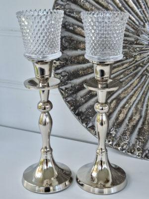 Glaskupa till värmeljus knottrig dekor. Besök Blickfång.se
