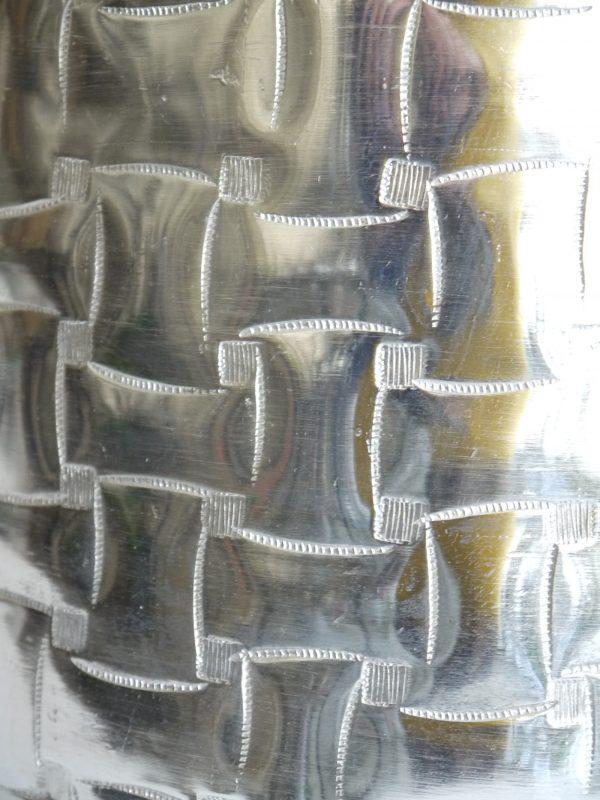 Golvvas-i-silver-i-stilren-design-1