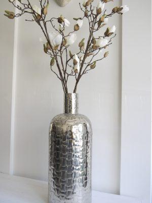 Golvvas i silver i stilren design