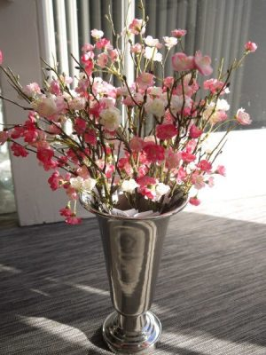Konstgjord rosa blomkvist