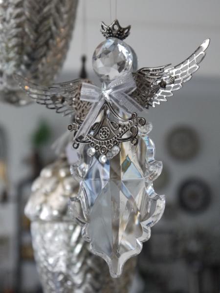P1340949-prisma-angel