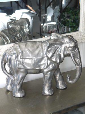 Prydnadsfigur stor silverfärgad elefant