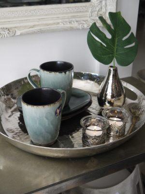 Rund silverbricka med handtag