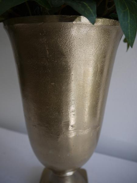 P1330136-kruka-guld