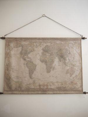Varldskarta i kanvas