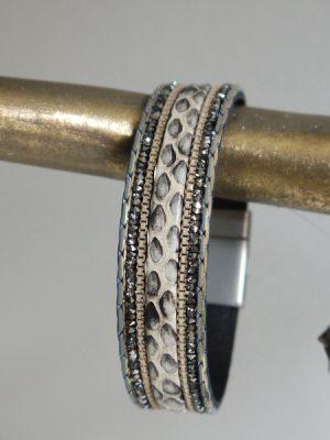 Armband med djurprint och magnetlas